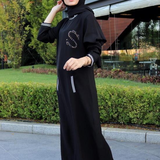 Siyah Bayan Taş Detaylı Elbise satın al