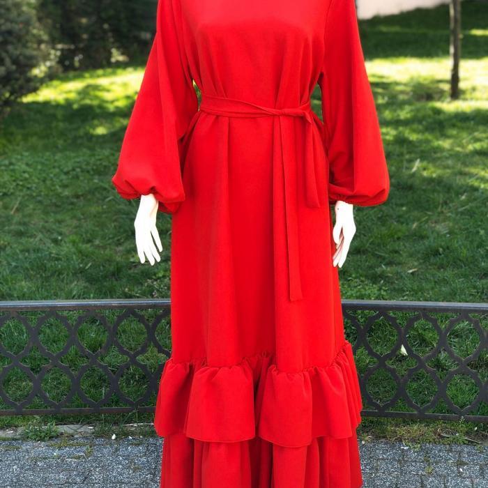 Etekleri Fırfırlı Kırmızı Elbise