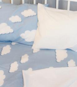 Bebek Nevresim Takımı Mavi Bulut Desenli