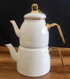 Ufak Hatalı Beyaz Emaye Çaydanlık Takımı