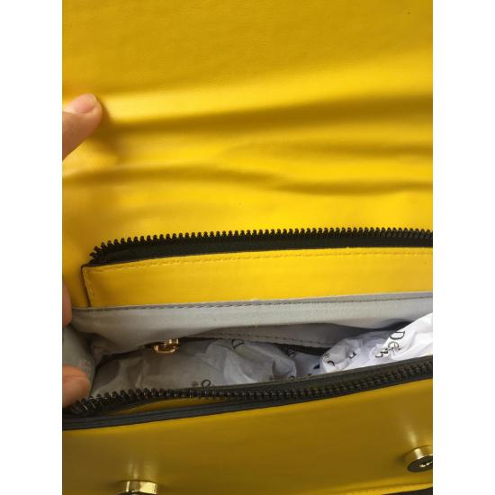 Kemer Detaylı Çanta satın al