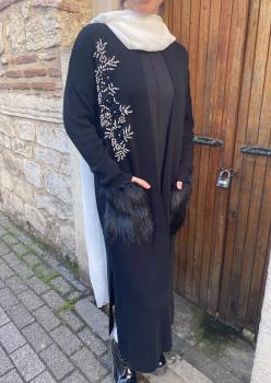 Siyah İşlemeli Bayan Hırka 002
