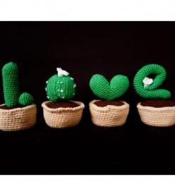Sevgiliye Özel Amigurumi Yıkanabilir Sağlıklı LOVE Yazılı Kaktüs